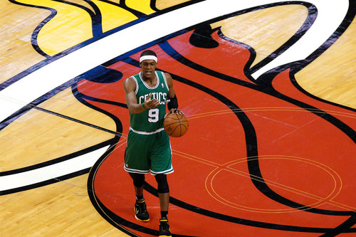 win game 5 vs heat - rajon-rondo Photo