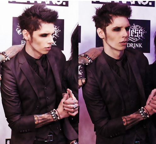 <3*<3*<3*<3Andy<3*<3*<3*<3*<3