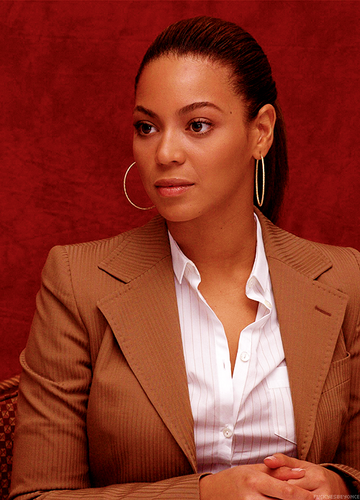 Beyonce wallpaper with a business suit called ~Beautiful Girl~♥