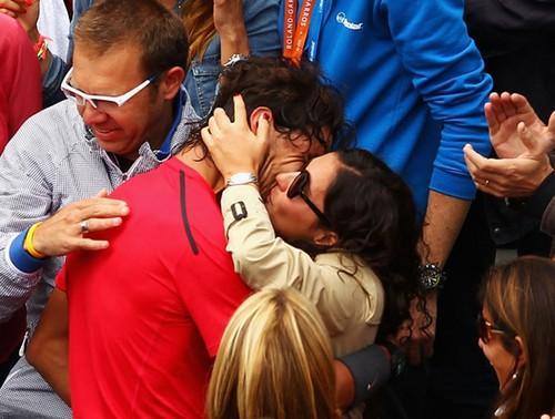 """French"" kiss Rafa and Xisca"