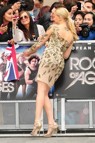 """Rock Of Ages"" Premiere in Лондон"