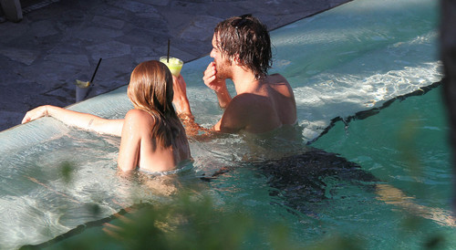 12/06 In The Pool At A Hotel In Miami - miley-cyrus Photo