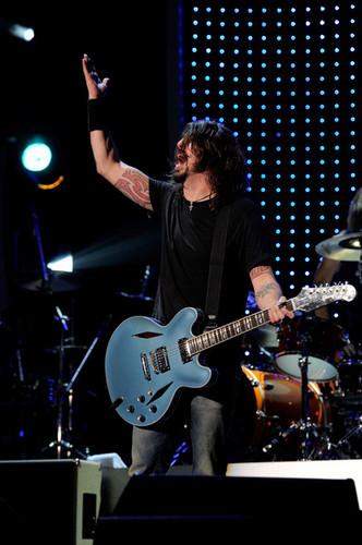 2012 MusiCares Person Of The năm Tribute To Paul McCartney - buổi hòa nhạc
