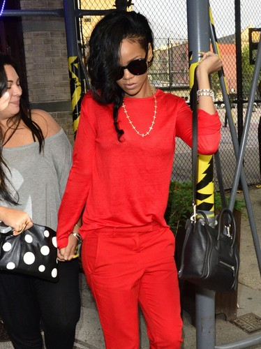 Arriving At Da Silvano Restaurant in New York City [13 June 2012] - rihanna Photo