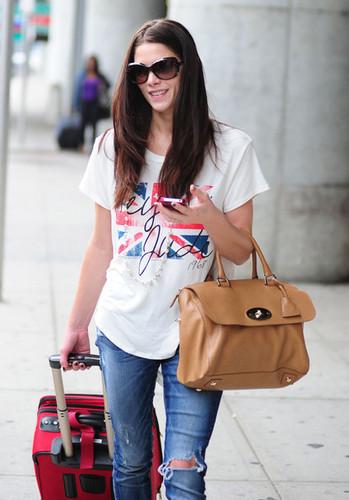 Ashley Greene Arriving On A Flight In New York