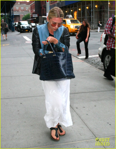 Ashley Olsen - Out and about in New York City - June 10, 2012