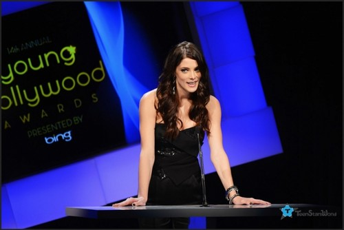 Ashley at the Young Hollywood Awards - Presenting. [June 14th 2012] - ashley-greene Photo