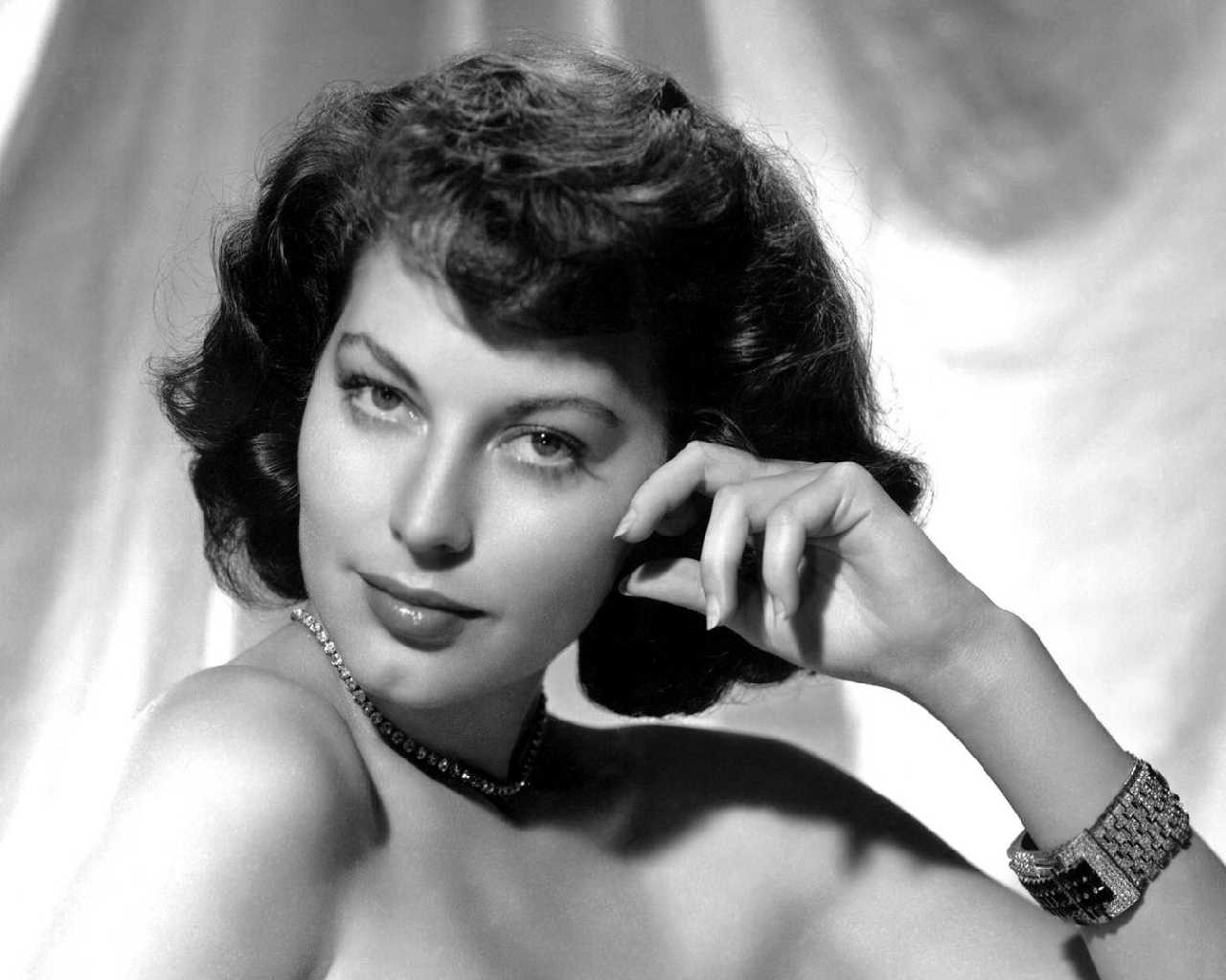 transgender rights vs Muslim rights Ava-Gardner-ava-gardner-31196256-1280-1024