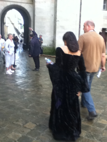 Back of Queen's Gown - arthur-and-gwen Photo