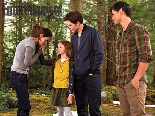Breaking Dawn part 2: Bella, Renesmee, Edward, and Jacob