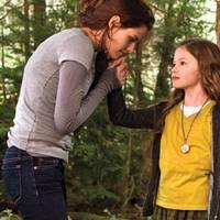 Breaking Dawn part 2 --- Bella and Renesmee