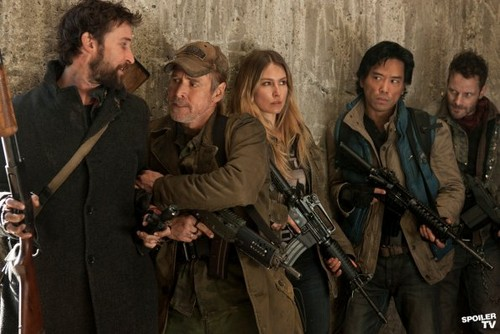 Falling Skies wallpaper containing a rifleman and a green beret entitled Episode 2.04 - Young Bloods - Promotional Photos