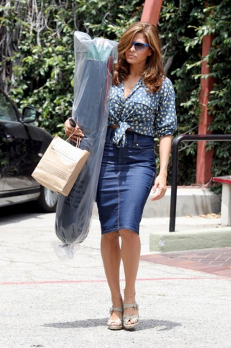 Eva - Shops in Hollywood, June 14, 2012