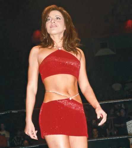 Extreme Ladies: Women Of ECW