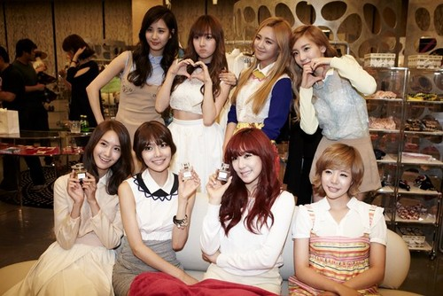 GiRL Launching Party sketch.- with Girls' generation - girls-generation-snsd Photo