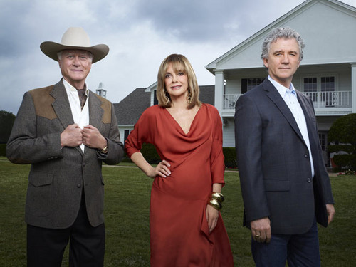 Dallas Tv Show wallpaper with a business suit entitled J.R., Sue Ellen and Bobby Ewing