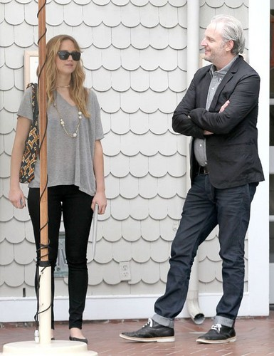 Jennifer Lawrence meets with 'Catching Fire' director Francis Lawrence