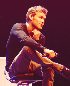 Joseph Morgan wallpaper titled Joe at the Crimson Sky convention in Vienna