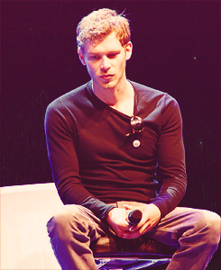 Joe at the Crimson Sky convention in Vienna - joseph-morgan Fan Art