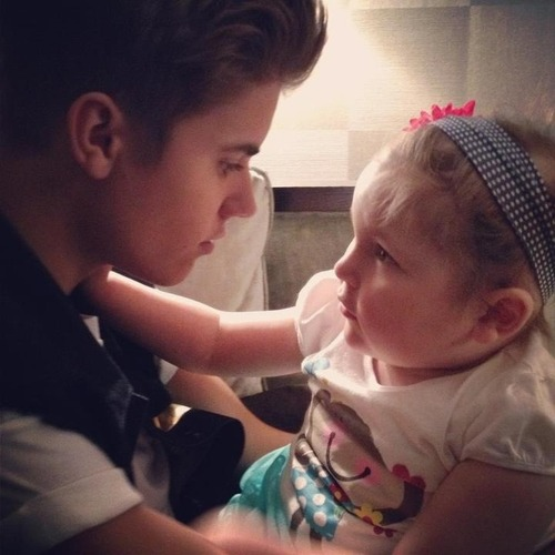 Justin and Avalanna - justin-bieber Photo