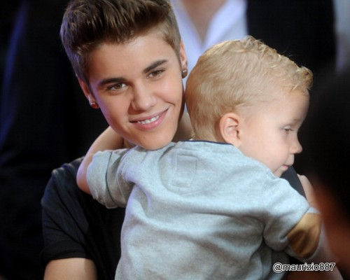 Justin Bieber wallpaper containing a neonate titled Justin and Jaxon