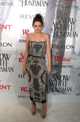 "Kristen at the ""Snow White and the Huntsman"" premiere in Sydney. {19/06/12}"