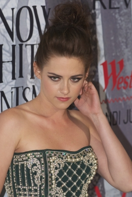 "Kristen Stewart wallpaper possibly with a bustier, attractiveness, and a chemise called Kristen at the ""Snow White and the Huntsman"" premiere in Sydney. {19/06/12}"