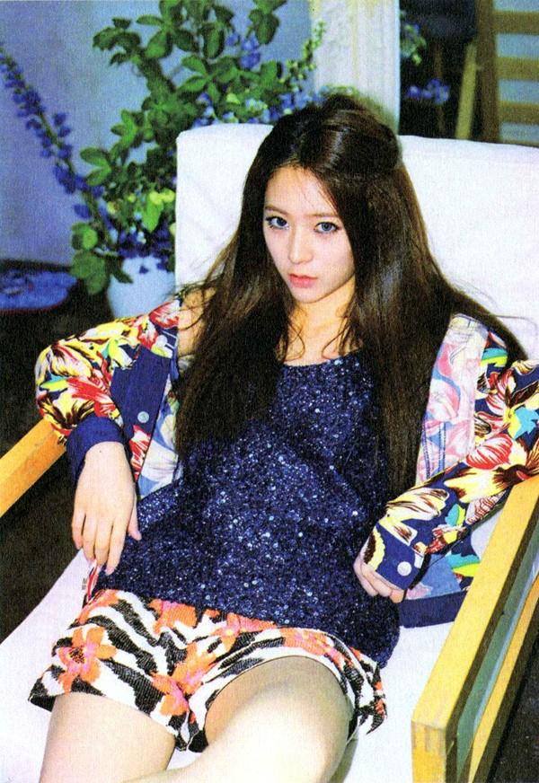 Krystal @ Electric Shock Album Scan - Jung Sisters Photo ... F(x) Krystal Electric Shock