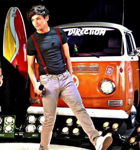 Louis <33