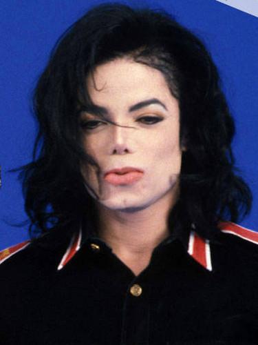 MJ kiss ♥
