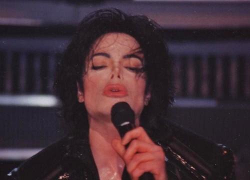 MJ किस ♥