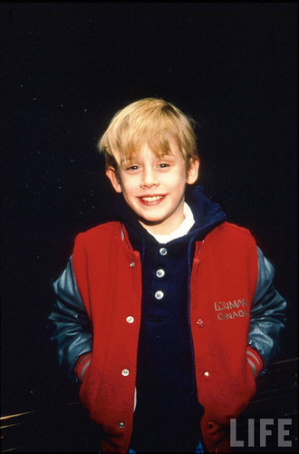 Macaulay Culkin - ہوم Alone,the good son,my girl