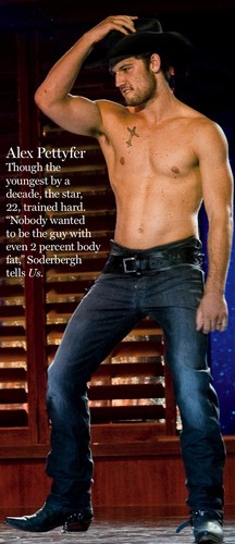 Alex Pettyfer hình nền with a một khúc lớn, hunk entitled Magic Mike Magazine Scan