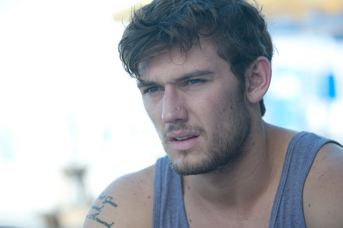 Alex Pettyfer fond d'écran possibly containing a portrait titled Magic Mike Stills