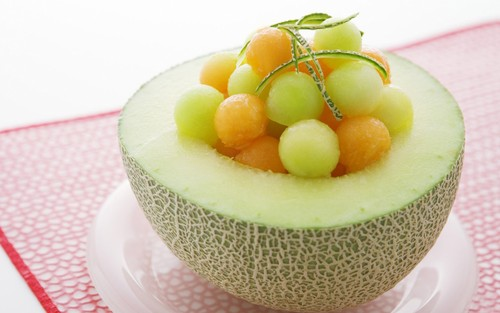 Food wallpaper containing a cupcake titled Melon