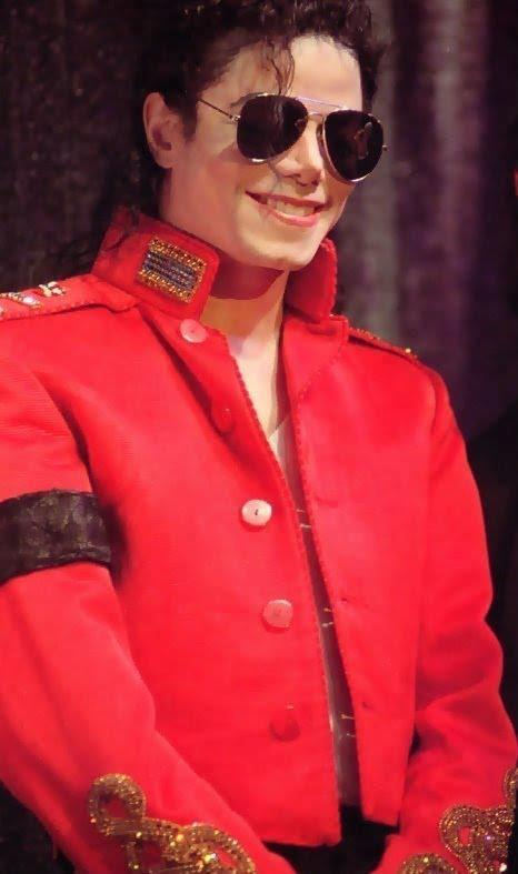 Mike..Can آپ be my Daddy ;)?