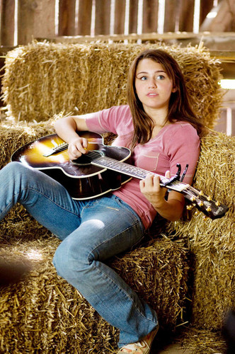 Miley Cyrus - Hannah Montana The Movie