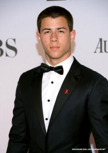 Nick Jonas Tony Awards
