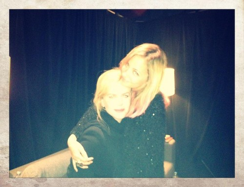 "Nicole and Nicole - Backstage at ""The Voice"" Australia"