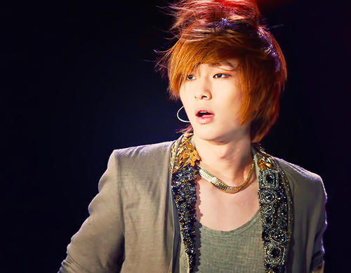 Onew - shinee Photo