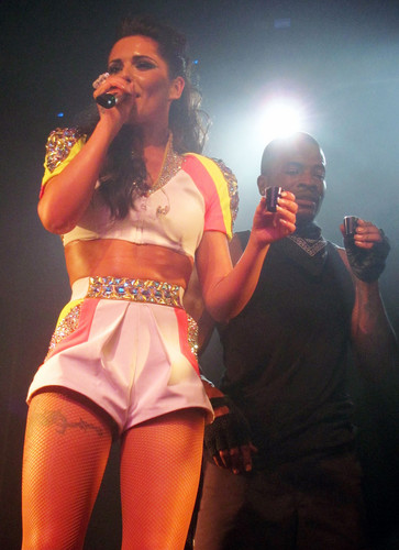 Performing At G-A-Y In Londres [16 June 2012]