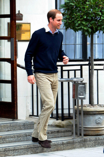 Prince William is seen after visiting Prince Phillip, Duke of Edinburgh, in the hospital in লন্ডন