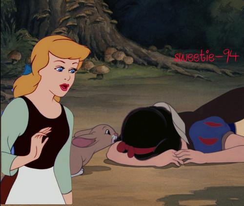 ডিজনি Princess Crossover দেওয়ালপত্র containing জীবন্ত titled Sad crossover
