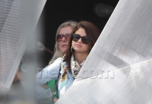 Selena - With Justin at MMVA - June 16, 2012 - selena-gomez Photo