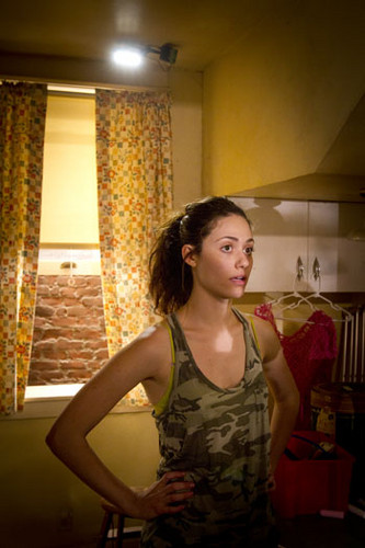 Shameless - behind the scenes of season 2 - emmy-rossum Photo