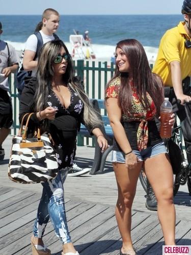 Jersey shore snooki demotivator