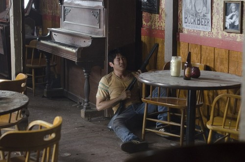 Steven Yeun karatasi la kupamba ukuta possibly with a brasserie, a diner, and a pianist called Steven Yeun Walking Dead