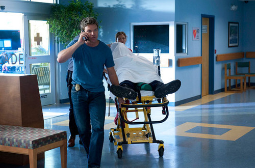 The Glades [The Breakout] 2x13 - the-glades Photo