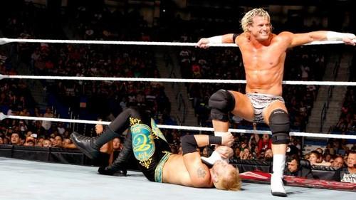 wwe Raw fatal 4 way no.1 contender