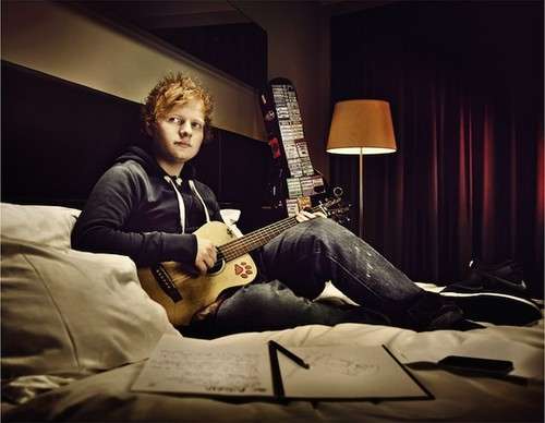 ed sheeran and his guitar